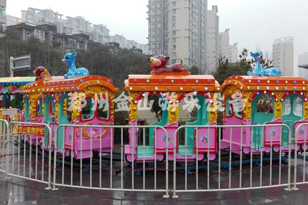 大象观光小火车